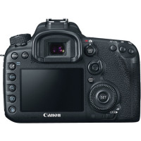 Canon EOS 7D Mark II DSLR Camera with 18-135mm IS STM Lens (Cashback για Φοιτητές  -170€ )